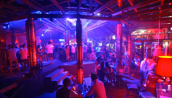 Galaxy Cabaret Samui ไนท์คลับที่ร้อนแรงที่สุดบนเกาะสมุย
