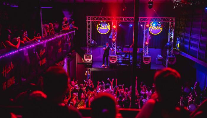 Hush Bar and VIP Club Lounge บาร์สุดมันส์บนเกาะสมุย
