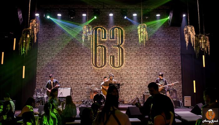 63 Music House Ekamai ร้านสุดชิวในย่านเอกมัย awaygpub