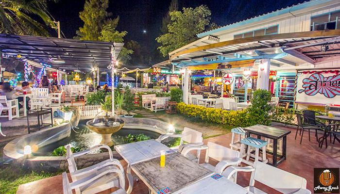Zeazon Pub Restaurant ดื่มชิลริมหาด ร้านเหล้าบางแสน
